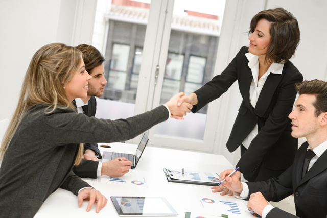Planes de compensación como estrategia para retener al personal